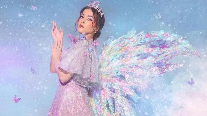 Tasya Farasya Luncurkan Brand Makeup Terbaru 'Mother of Pearl', Intip Produk Unggulannya di Sini