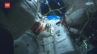 VIDEO: Astronaut China Pulang ke Bumi Usai Misi 3 Bulan