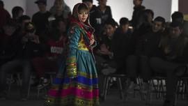 FOTO: Busana Attire Wanita Afghanistan yang Dilarang Taliban