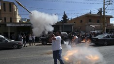 FOTO: Pendukung Hizbullah Tembak Roket Sambut BBM dari Iran