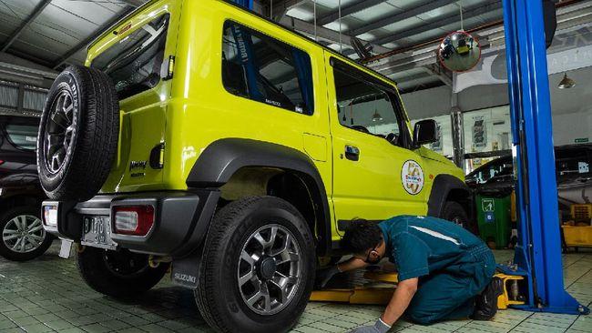 Suzuki Indonesia melakukan recall 21 Jimny masalah perembesan oli dan memperbaiki ribuan unit terkait masalah pintu.