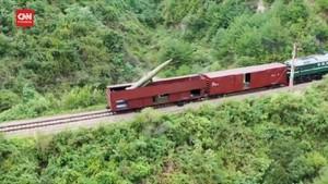 VIDEO: Momen Korut Uji Coba Rudal dari Gerbong Kereta