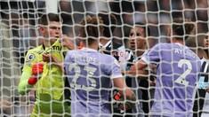 FOTO: Newcastle vs Leeds Sama Kuat di St. James Park