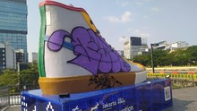 Vandalisme Tugu Sepatu, Satpol PP Buru Oknum