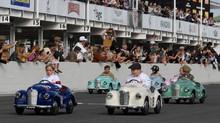 FOTO: Setstrington Cup, Balap Mobil Terlucu di Dunia