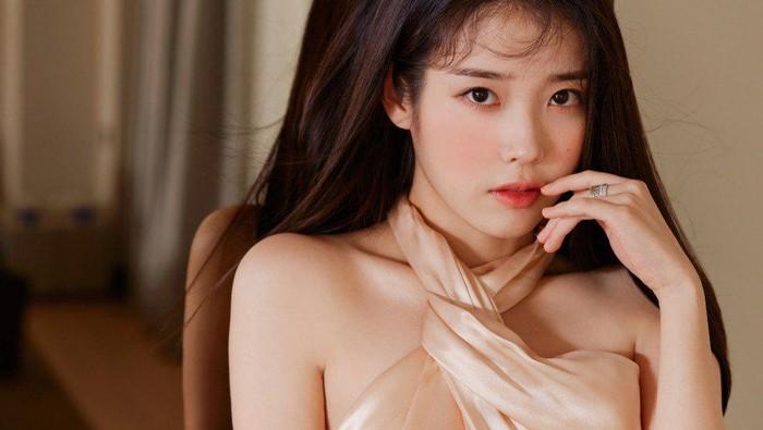 5 nữ thần tượng K-Pop giàu nhất năm 2021, một trong số đó là IU!