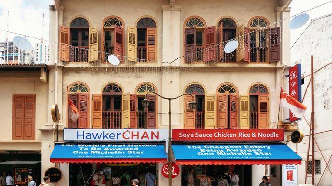 Hawker Chan, restoran dengan menu mie ayam kecapnya yang terkenal di Singapura kehilangan status Michelin Star per 1 September 2021.