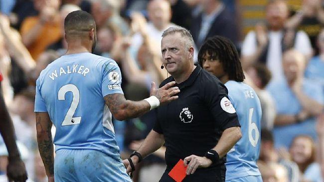 Berikut 3 kontroversi saat Manchester City ditahan imbang Southampton dalam laga Liga Inggris di Stadion Etihad, Sabtu (18/9) malam WIB.