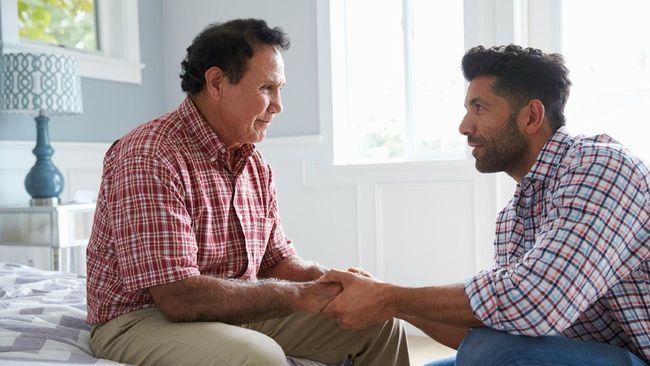 Hari Alzheimer Sedunia diperingati setiap 21 September. Kenali demensia Alzheimer dengan melakukan deteksi dini.