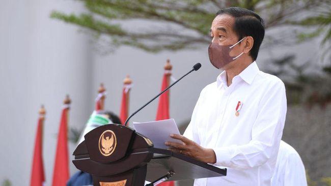 Jokowi mengatakan vaksinasi dari pintu ke pintu (door to door) yang dijalankan BIN bisa menggaet banyak masyarakat untuk disuntik vaksin Covid-19.