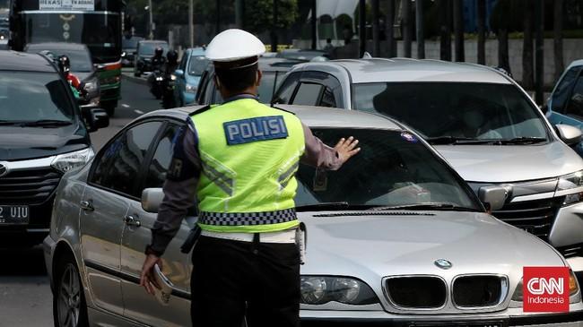 Polisi Belum Tilang Pelanggar Ganjil Genap di 10 Kawasan DKI