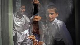 FOTO: Murid Lelaki Afghanistan Kembali Sekolah, Tak Ada Siswi