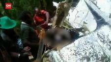 VIDEO: Momen Evakuasi Jenazah Kru Pesawat Rimbun Air PK-OTW