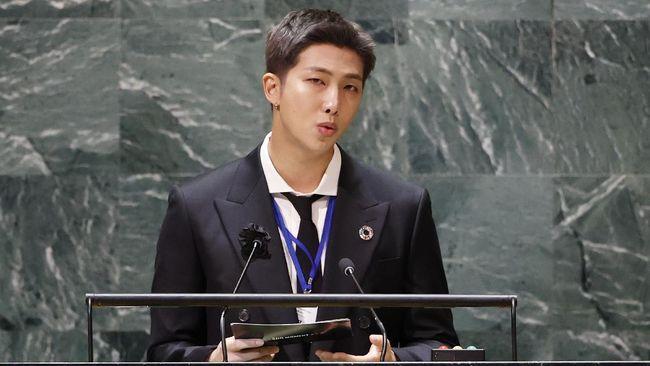 RM BTS menyebut banyak seniman di Korea Selatan yang luput dari perhatian global, namun memiliki bakat dan potensi.