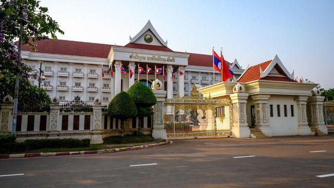 Pemerintah Laos menerapkan lockdown ketat di ibu kota Vientiane setelah melaporkan rekor kasus harian Covid-19 tertinggi pada akhir pekan lalu.