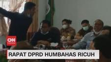 VIDEO: Rapat DPRD Humbahas Ricuh