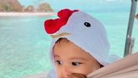<p>Baby Ukkasya juga terlihat anteng nih, Bunda.(Foto: Instagram @irwansyah)</p>