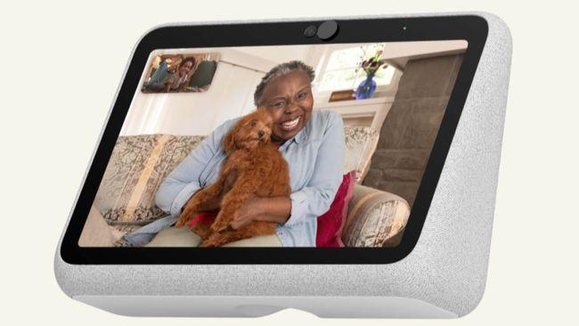 Facebook meluncurkan dua perangkat video call terbaru, yakni Portal Go dan Portal Go Plus.