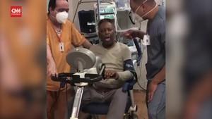 VIDEO: Pele Pamer Kondisi Usai Operasi Angkat Tumor