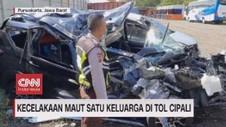 VIDEO: Kecelakaan Maut Satu Keluarga di Tol Cipali