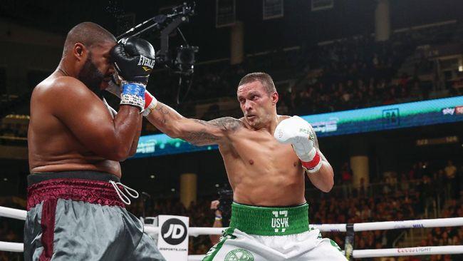 Tyson Fury mengingatkan Anthony Joshua bahwa Oleksandr Usyk bisa jadi belum menunjukkan penampilan terbaik di laga-laga sebelumnya.