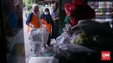 FOTO: Dongkrak Ekonomi Warga dengan Bank Sampah