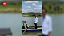 VIDEO: Jokowi Sapa Warga Naik Perahu Nelayan