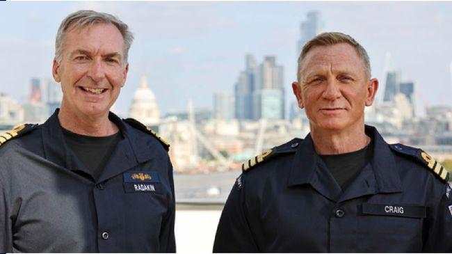 Aktor Daniel Craig ditunjuk menjadi Komandan Kehormatan Angkatan Laut Kerajaan Inggris (Royal Navy).
