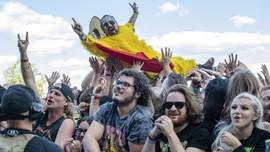 FOTO: Euforia dan Ingar Bingar Festival Louder Than Life
