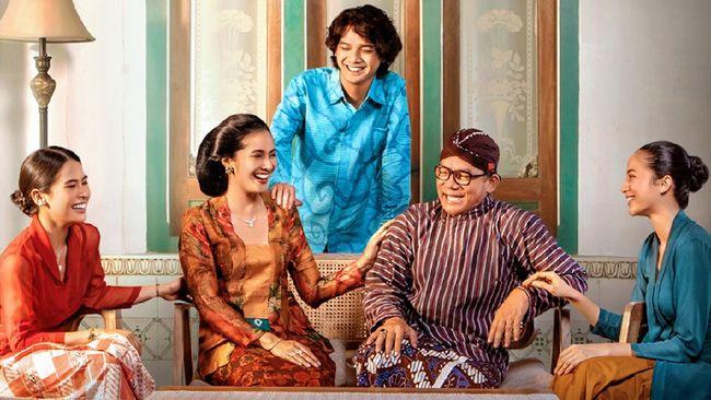 Sinopsis film Losmen Bu Broto mengisahkan keseharian Bapak dan Ibu Broto bersama ketiga anaknya dalam mengelola losmen.