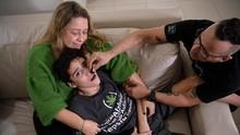 FOTO: Memanfaatkan Ganja untuk Bantu Pasien Ayan dan Autisme