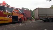 VIDEO: Bus Sugeng Rahayu Tabrak Truk Parkir, 2 Orang Tewas