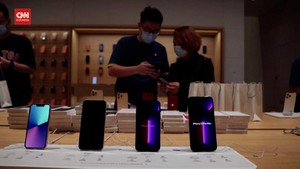 VIDEO: Riuh Warga China Serbu iPhone 13