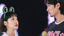 Kecanggungan Kim Go-eun Saat Kencan di Yumi's Cells