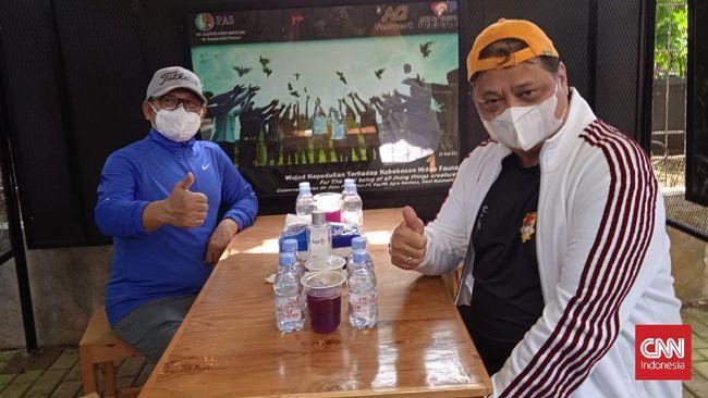 Ketua Umum Partai Golkar Airlangga Hartarto tak memberikan komentar banyak terkait status tersangka Azis Syamsuddin oleh Komisi Pemberantasan Korupsi.