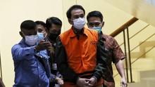 Anggota Polri Kenalkan Eks Penyidik KPK Robin ke Azis