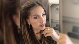 Crazy Rich PIK Helena Lim Ganti Baju di Tengah Jalan Paris