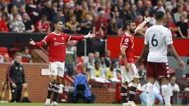 Reaksi Ronaldo Usai Fernandes Gagal Penalti di MU vs Villa