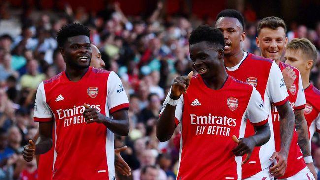 Arsenal berhasil unggul 3-0 atas Tottenham Hotspur di babak pertama pada pekan keenam Liga Inggris.