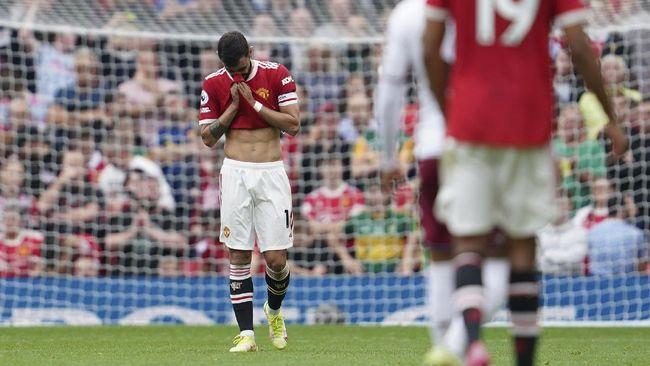 Bruno Fernandes mengungkapkan penyesalan setelah jadi penyebab kekalahan Manchester United dari Aston Villa, 0-1, di Liga Inggris.
