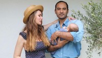 <p>Anak pertama Ario dan istri bulenya ini lahir setelah tiga tahun menikah. Kehidupan mereka memang terbilang cukup tertutup sejak memutuskan menikah. (Foto: Instagram @valentinepayen)</p>