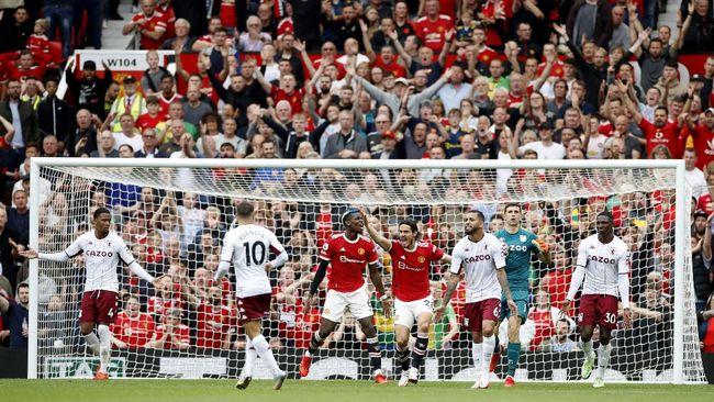 Pelatih Manchester United Ole Gunnar Solskjaer menyalahkan kiper Emiliano Martinez dan pemain Aston Villa soal kegagalan penalti Bruno Fernandes.