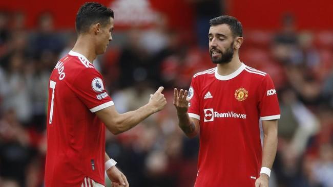Penendang Penalti Man Utd, Ronaldo Disebut Gantikan Fernandes