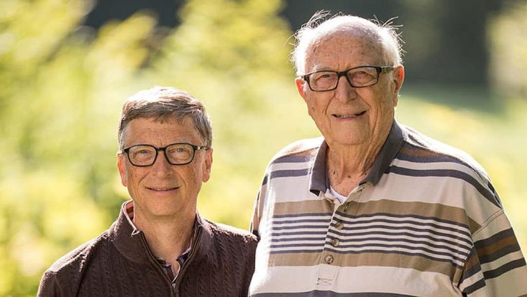 Bill Gates dan orang tuanya