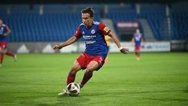 Debut Egy Sebagai Starter di FK Senica Tercoreng