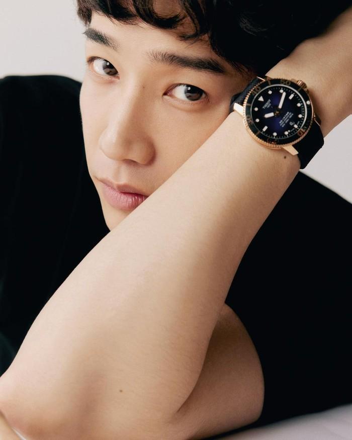 Jasper Liu adalah salah satu aktor drama China yang sangat populer di Asia. Namanya juga semakin menjadi perbincangan ketika membintangi sebuah acara bersama aktor Korea Lee Seunggi. /Foto: instagram.com/@ryu19860812
