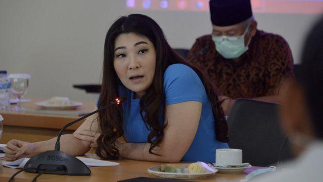PSI menyatakan Viani Limardi akan digantikan oleh kader PSI lain yang memiliki perolehan suara terbanyak kedua. Saat ini proses PAW sedang dilakukan.