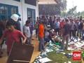 Warga Aceh Usir Tim Vaksinasi, Kursi dan Berkas Berhamburan