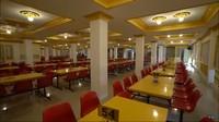 <p>Berikut ruang makannya ya, Bunda. Enggak kalah mewah dengan fasilitas lainnya. (Foto: YouTube: TRANS7 OFFICIAL)</p>