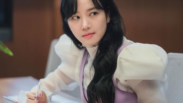 Selain Yumi's Cells, Ini Peran Lee Yu Bi di Drakor yang Sukses Curi Perhatian